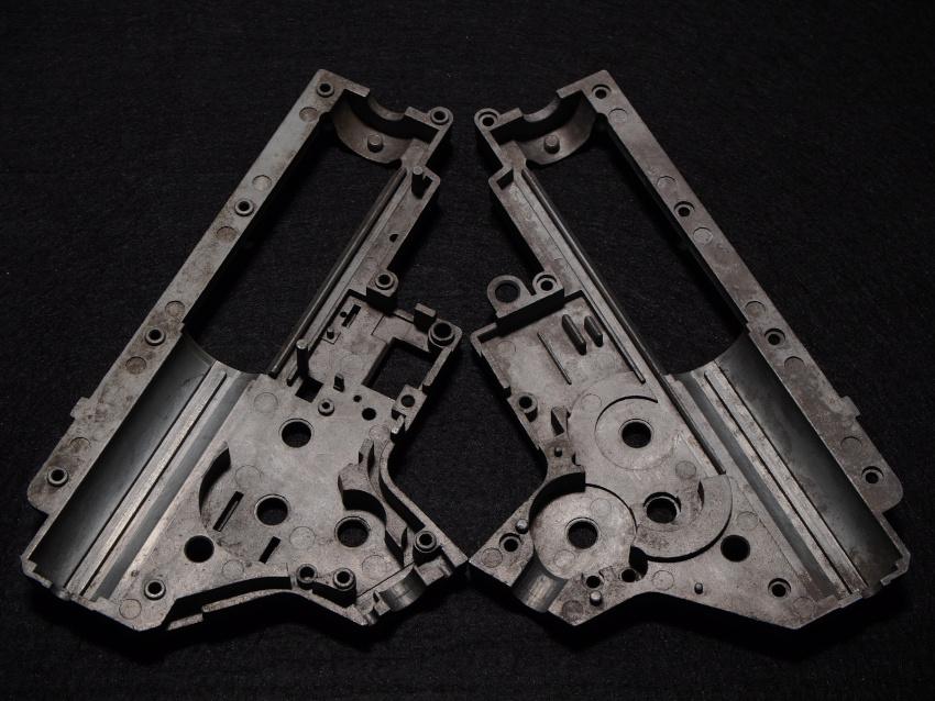 Airsoft-version2-gearbox-halves-open